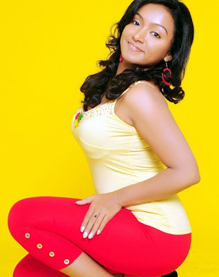 Actress Vaishali Hot N Spicy Photos and Stills