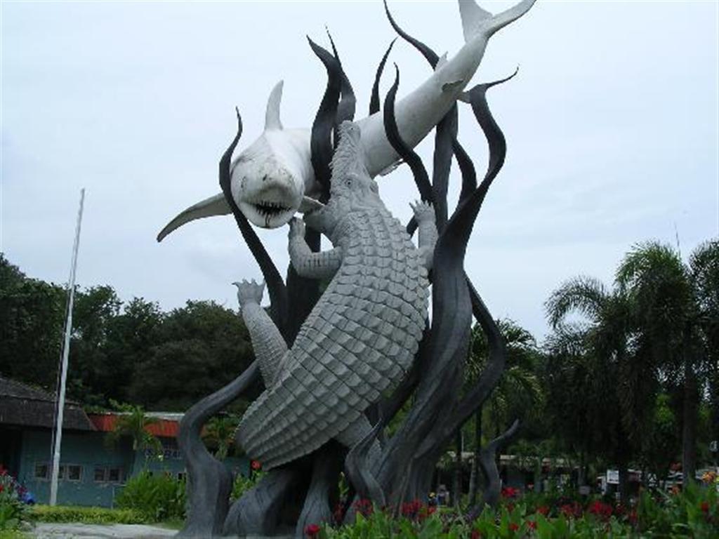 Surabaya secara resmi berdiri pada tahun 1293. Tanggal peristiwa yang ...