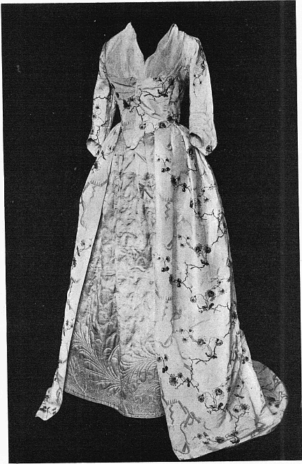 from my reference books: Two Centuries of Costume in America, Vol. 1