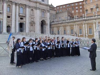 Cantando a Música Escrita por Custódio Fernandes para karol wojtyla - João Paulo II