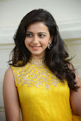 Rakul Preet Singh Gorgeous looking Photos-thumbnail-3