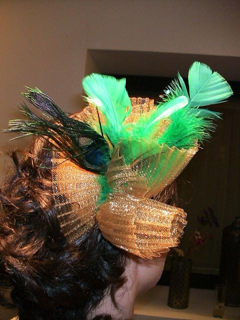 tocado, dorado, barato, verde, pavo real, plumas, económico, tocados