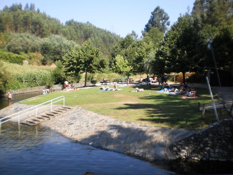 Zona de Relva na praia Fluvial