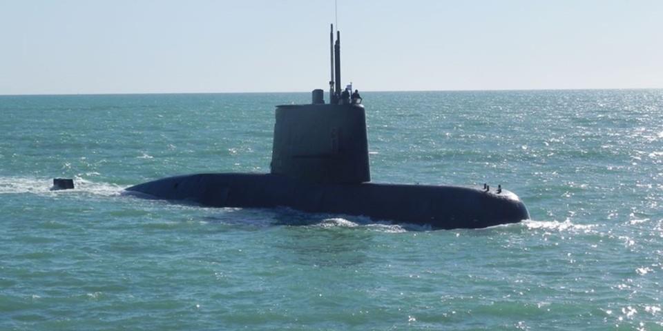 Submarino tipo tr-1700  S-42 ara San Juan con 44 tripulantes desaparecidos