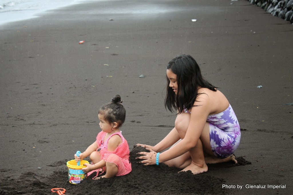 First She Tried To Bury Her Little Cousin Next Made Boobies Big With Black Sand Kids