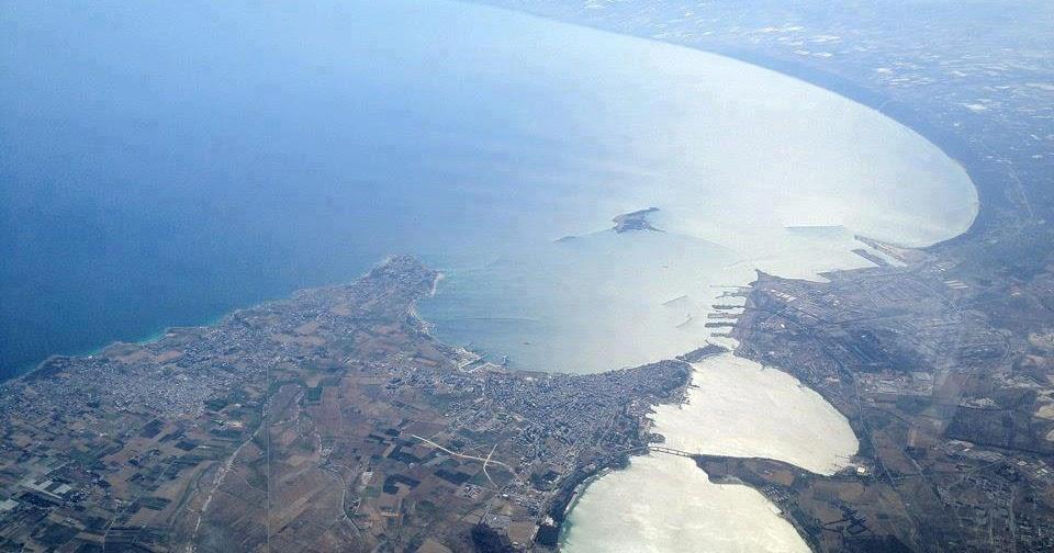 Bellezze naturali della puglia taranto la citt dei due mari for Ponte delle cabine di rapsodia dei mari 2