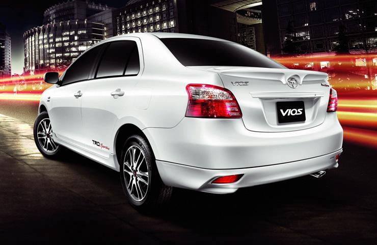 http://1.bp.blogspot.com/-AhX7fJbTJw4/TuwKCc5eQOI/AAAAAAAAA18/qRYYWts12C8/s1600/2012-Toyota-Vios-Rear.jpg
