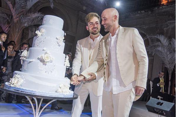 Paulo Gustavo publica foto do seu casamento com Thales Bretas; veja