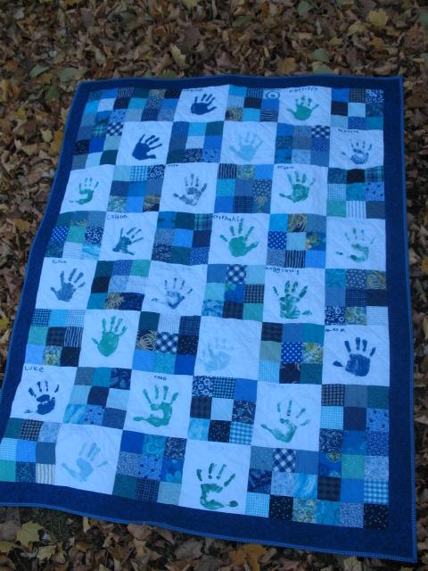 Quilt Patterns For Kindergarten : Creative Chicks: Kindergarten Handprint Quilt--Finished