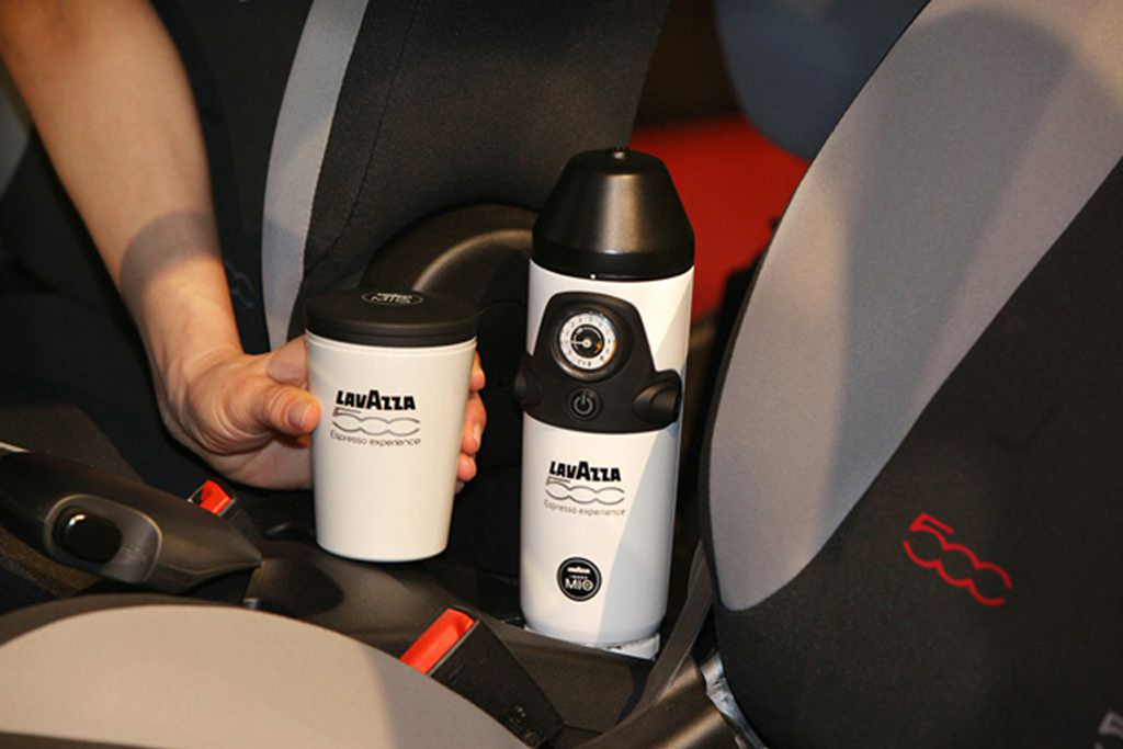 How To Use Lavazza Coffee Maker : Fiat 500L to have world s first ever in-car coffee machine ...