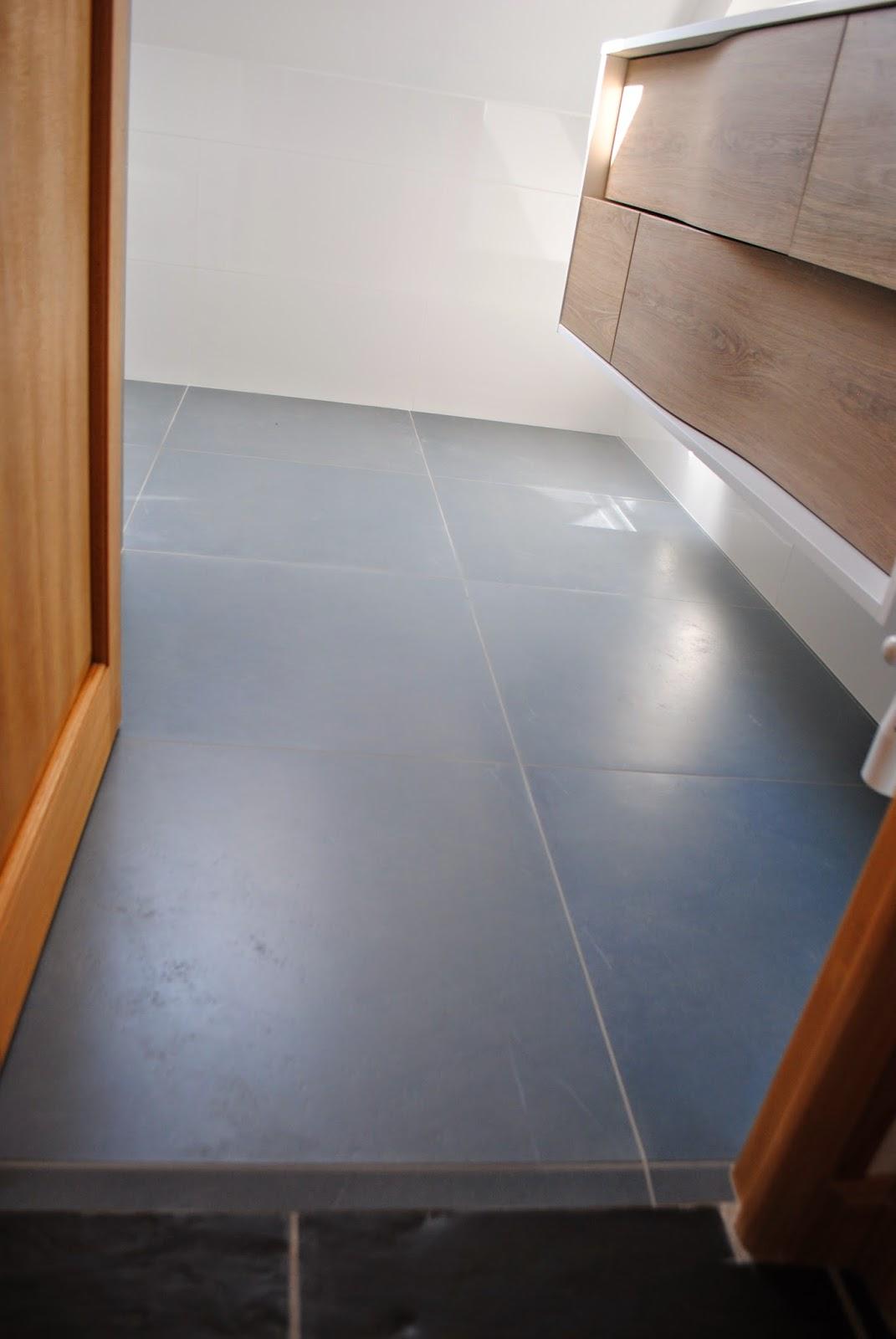 #6F3F22 CREATION DE SALLES DE BAINS DOUCHE A L' ITALIENNE ET  2743 petite salle de bain haut de gamme 1071x1600 px @ aertt.com