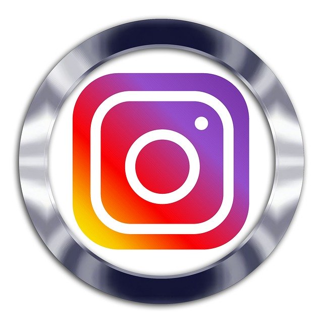 INTERNATIONAL ADVERTISING in INSTAGRAM: