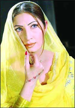 Saima Lollywood Actress Hot Pics