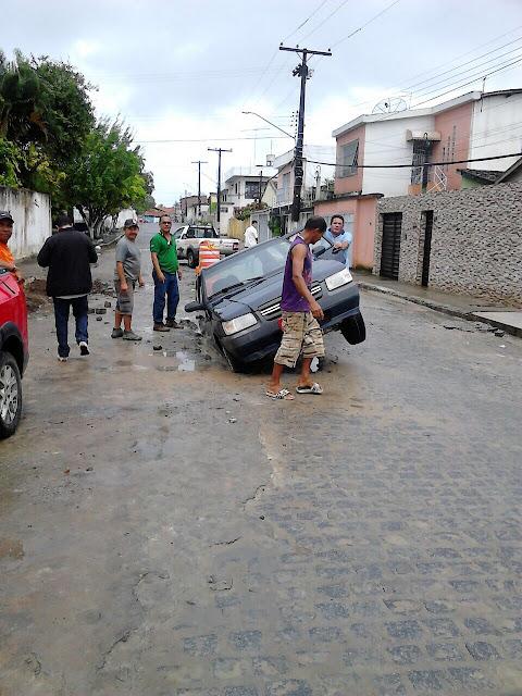 http://www.blogdofelipeandrade.com.br/2015/07/goiana-cidade-esta-engolindo-os-carros.html