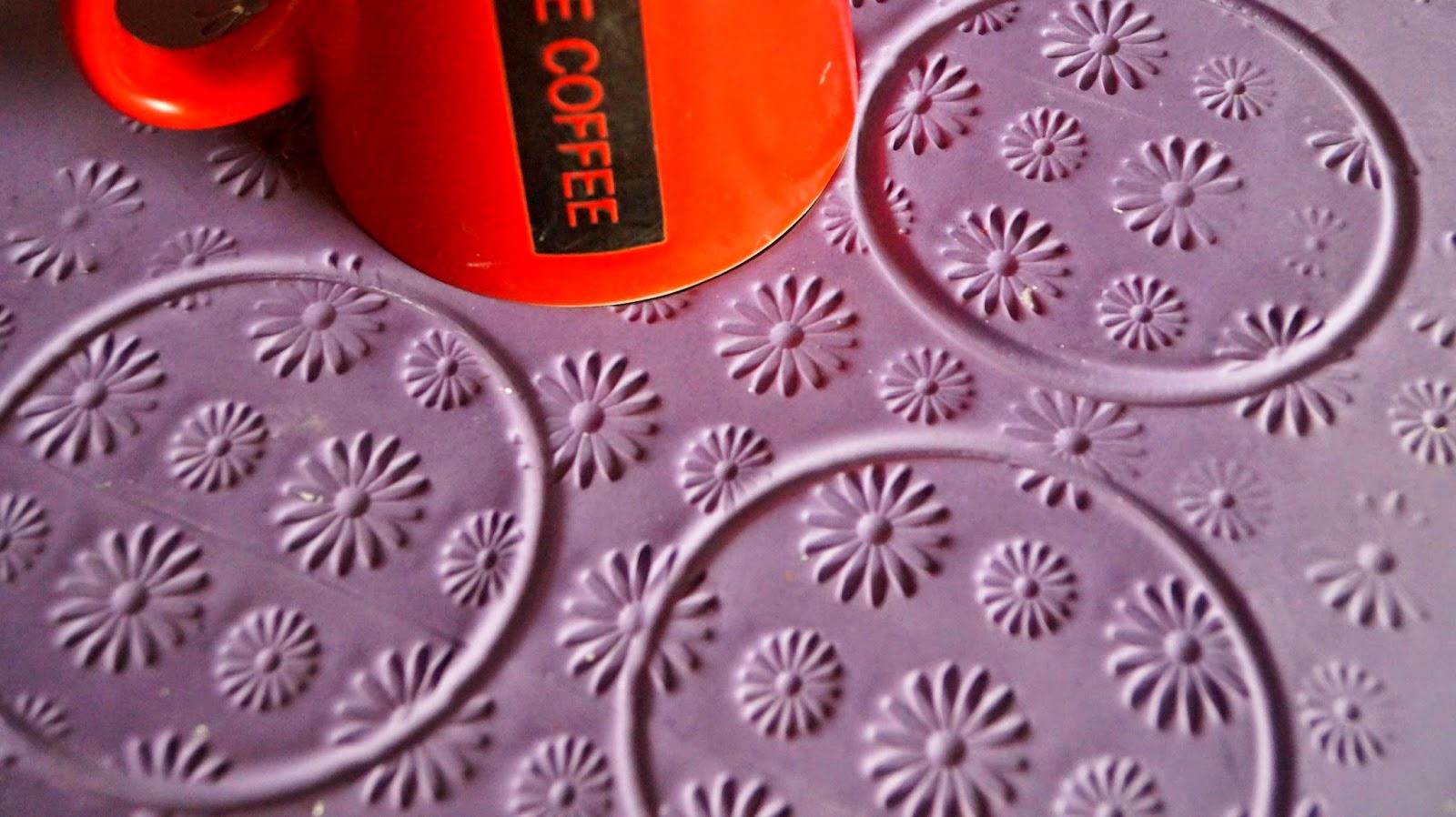http://cupcakeluvs.blogspot.dk/2015/02/purple-inspiration-purple-dreams-cupcake.html