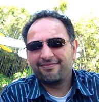Sanjay-Dalal-Wearing-Sun-Glasses-Disneyland-April-28-2013