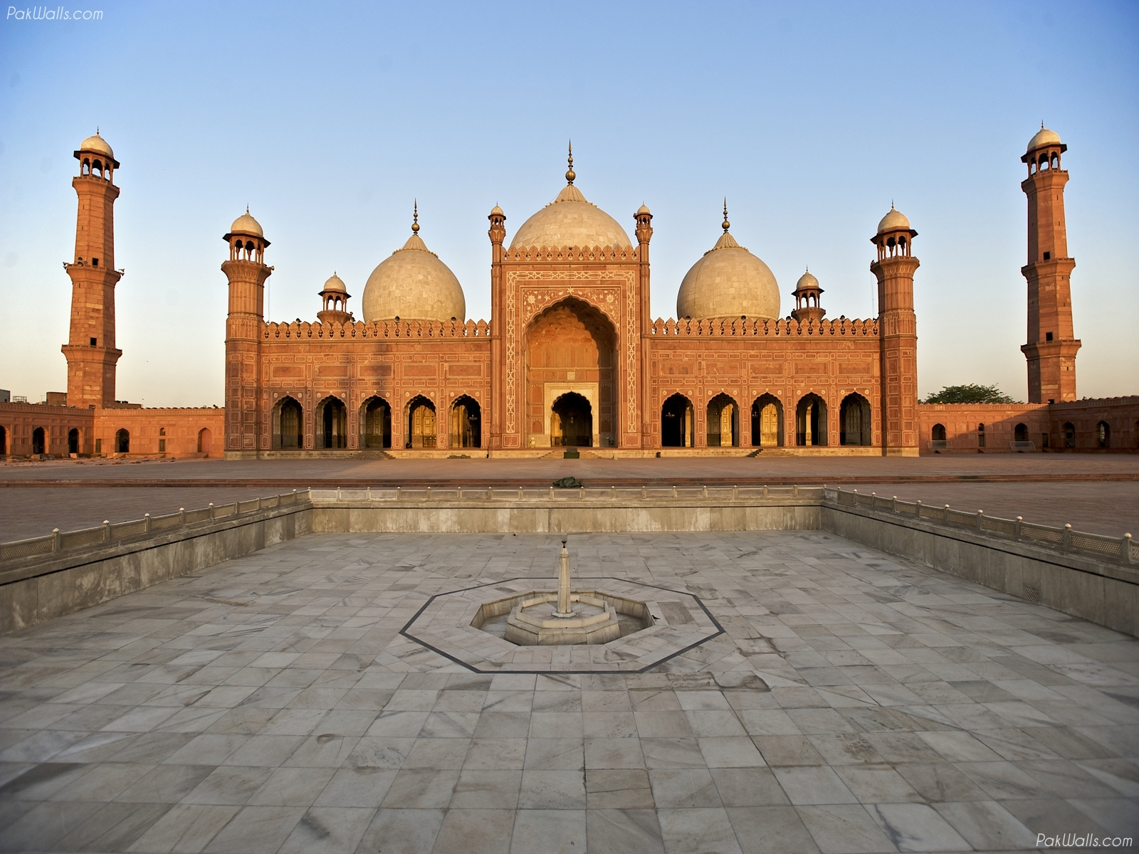 badshahi masjid lahore high quality images