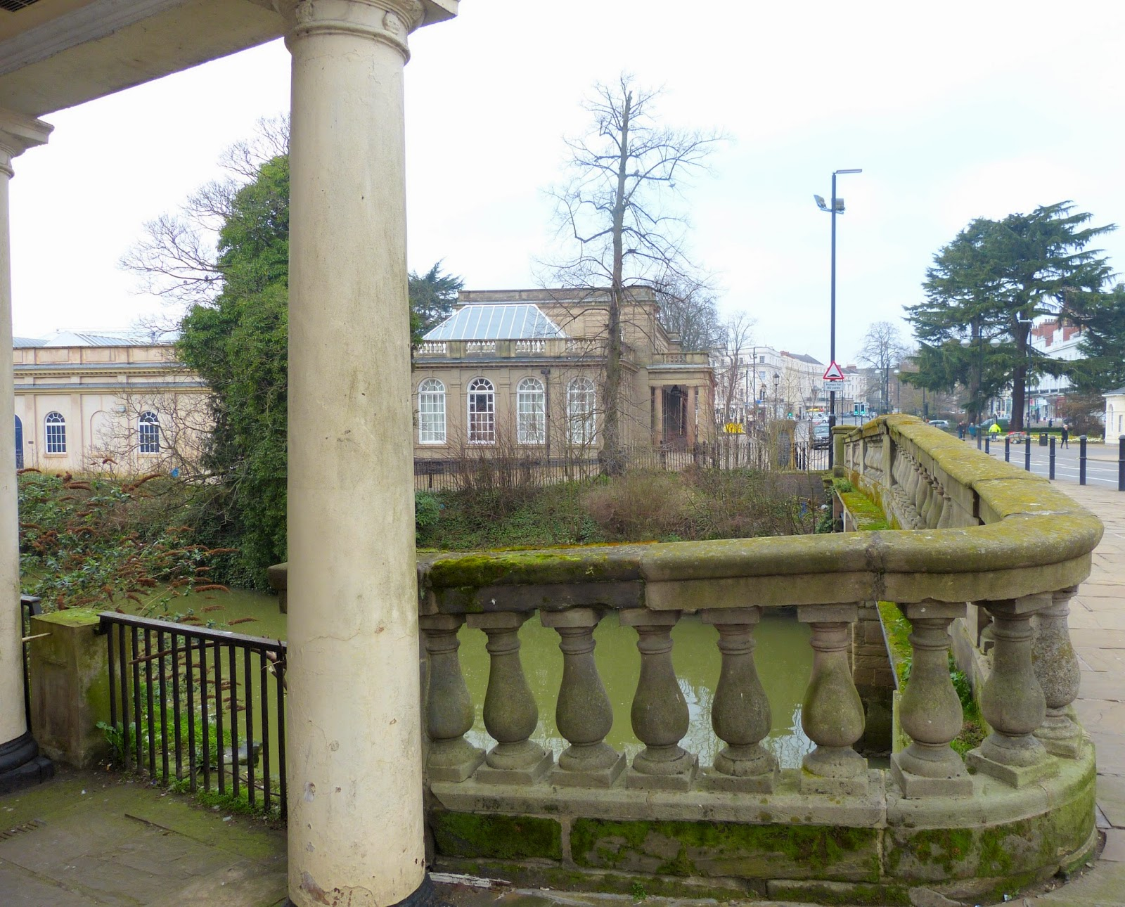The site of Robbins' Well, Bath Street Bridge