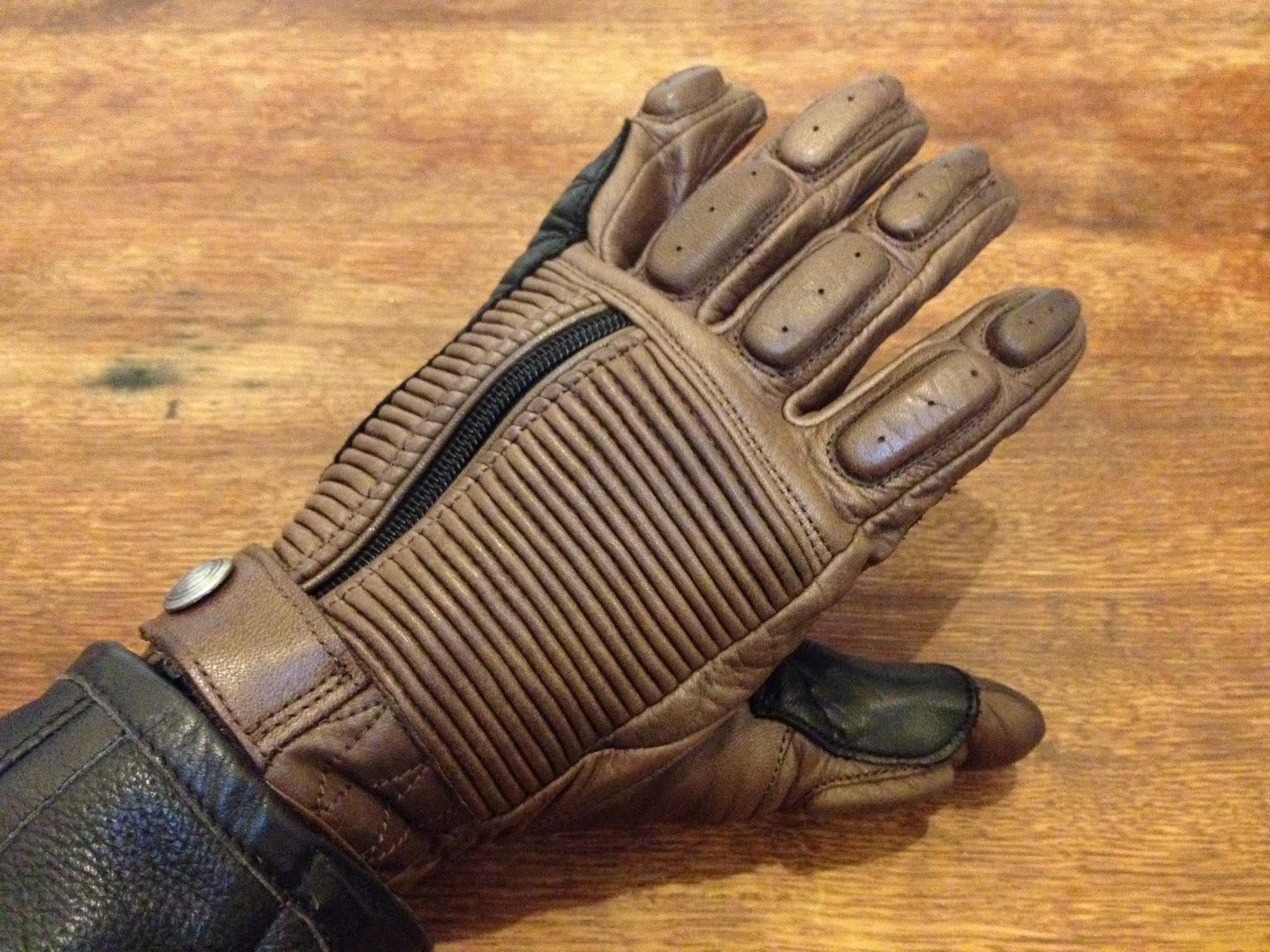 Motorcycle Gloves By Roland Sands Designs Return Of The