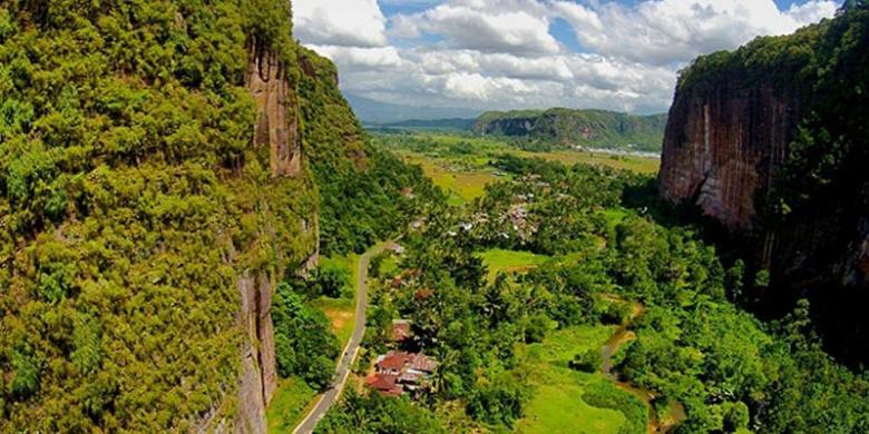 Image result for Lembah harau