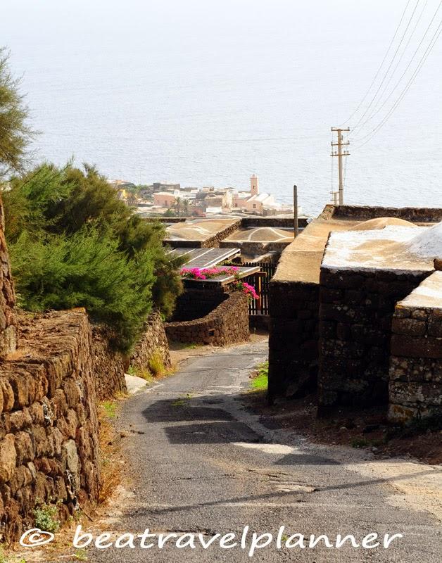 Strada per Scauri
