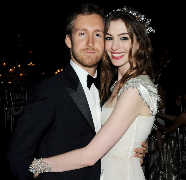 Anne Hathaway Actress: Gist Media: Anne Hathaway Finally Marries Adam Shulman