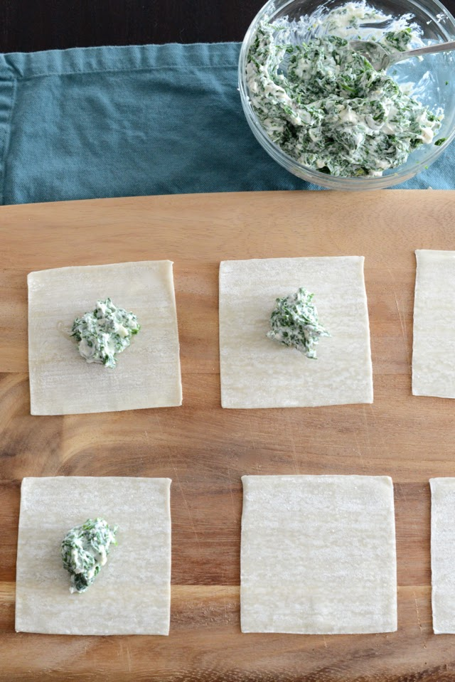making arugula ravioli with wonton wrappers
