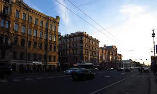 Avenida, San Petersburgo