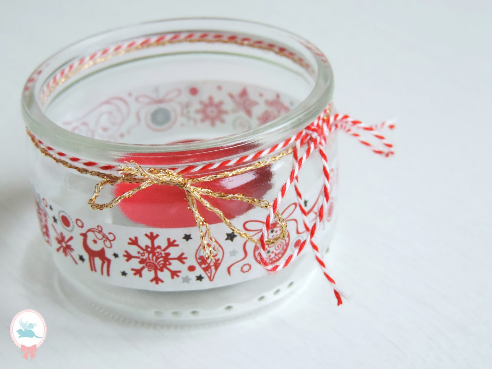 Deco petit pot en verre fashion designs - Rose de noel en pot ...