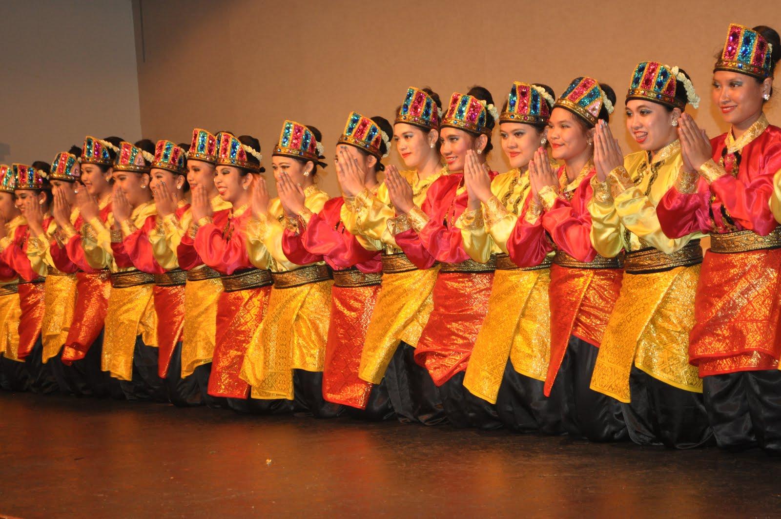 Tari Saman - Budaya Indonesia