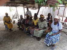 CURSO DE ALFABETIZAÇÃO DE ADULTOS Kinzau (Tomboco) Norte de Angola
