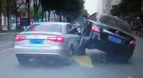 Video: Compilação de acidentes na Ásia