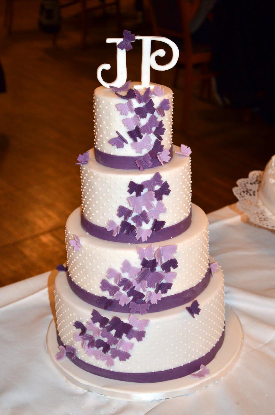 Torten Cupcakes By Sibl Hochzeitstorte In Violett