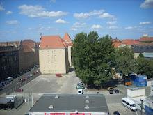Pemandangan dari jendela kelas ku