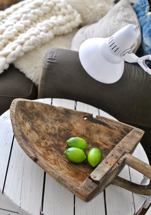 Hannas träskopa limefrukt kabeltrumma vit skrivbordslampa
