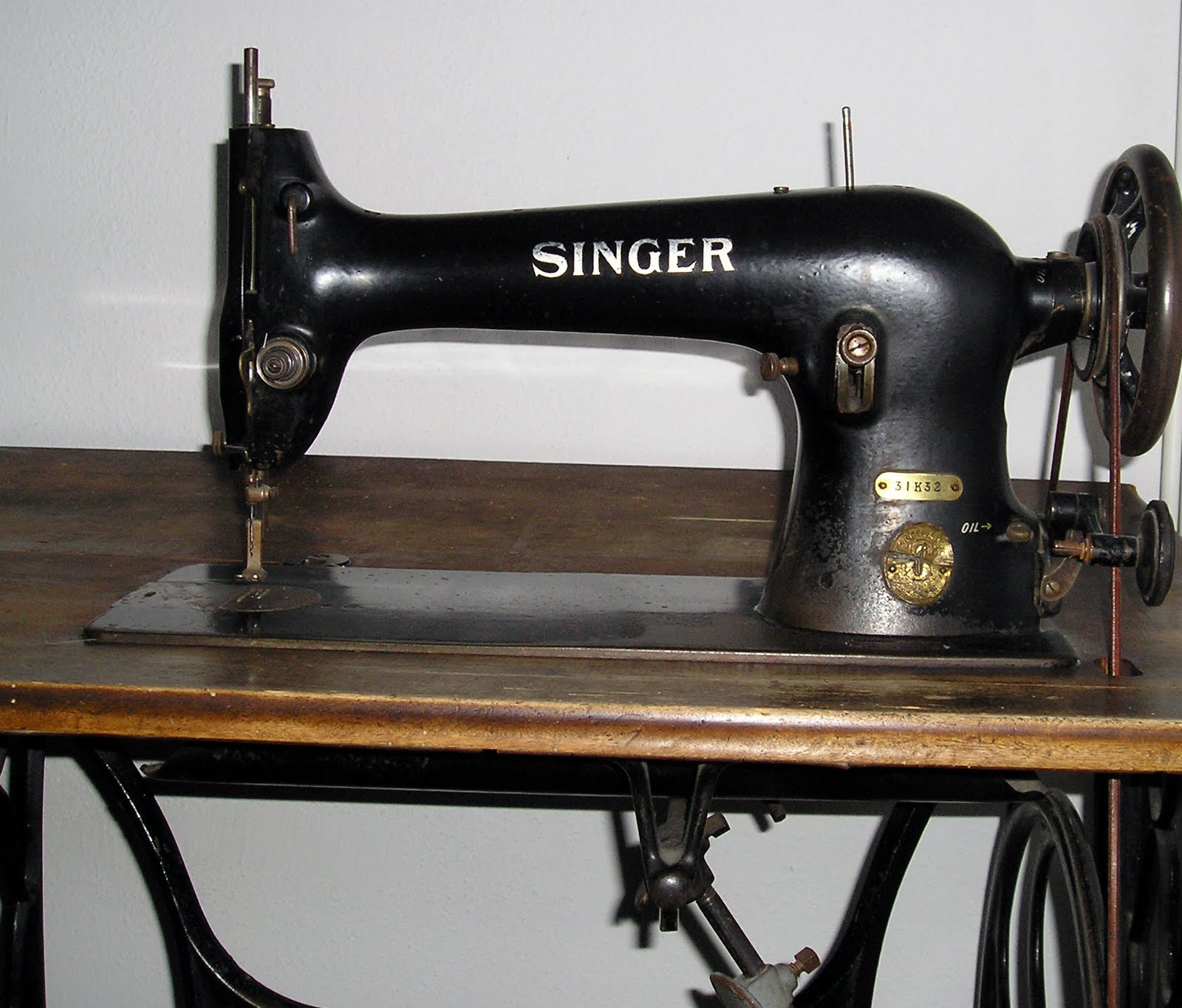 Singer Merritt 2430 Sewing Machine - Welcome to The Brown House in