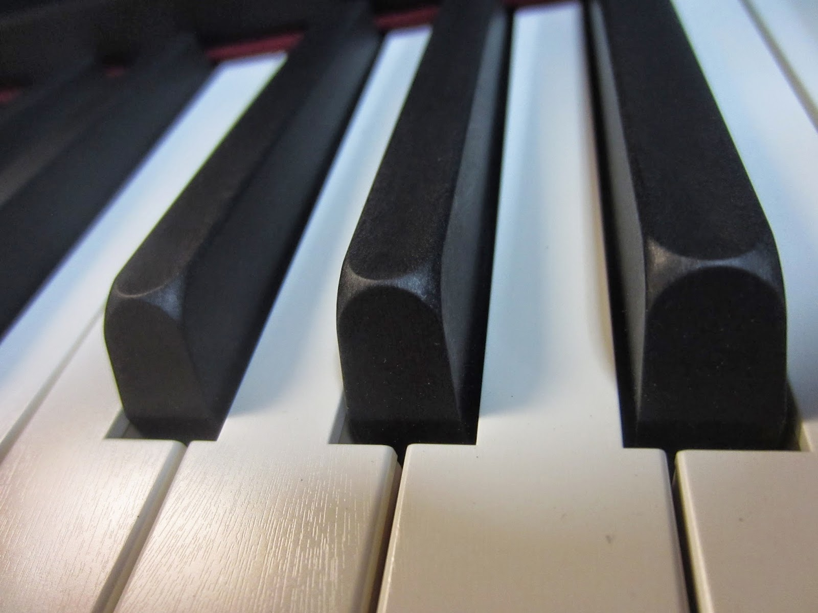 Roland LX15e Concert Keyboard action ivory & ebony keys