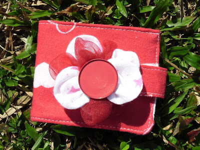 Simple summery flower wallet