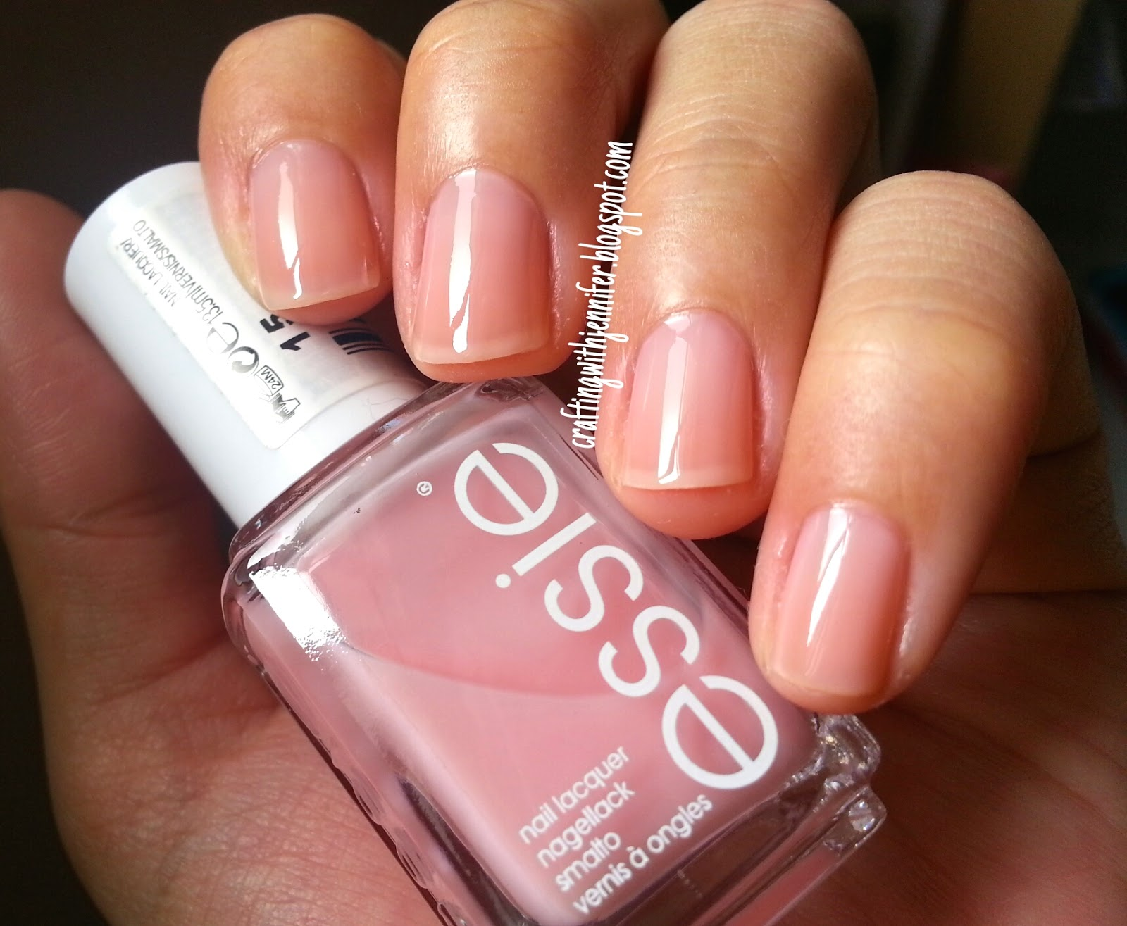 Crafting with Jennifer: Polish Review: Essie and Revlon