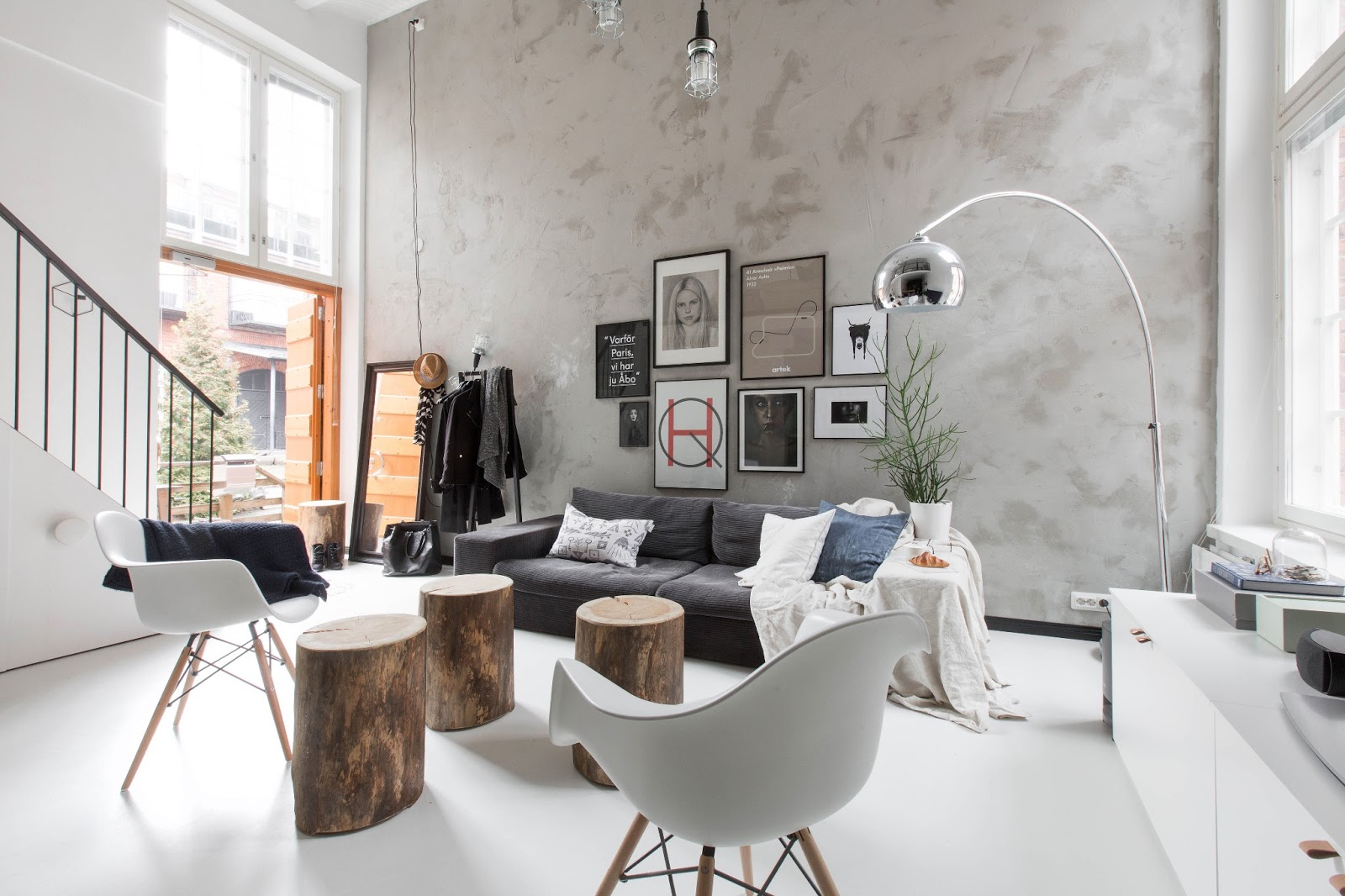 An urban village scandinavian loft inspiration - Rangement salon design ...