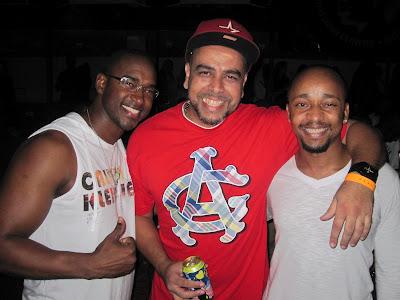 Nos embalos de Sábado à Noite....ao som de R&B INTERNACIONAL!