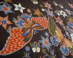 Foto Batik Tulis Corak Motif Kupu-Kupu