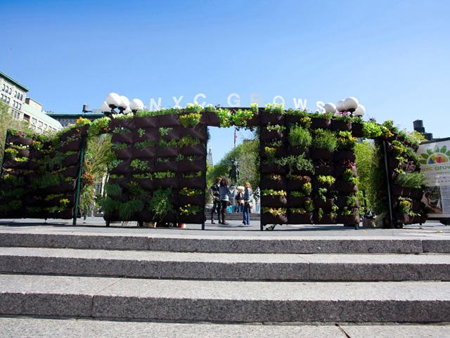Seleção de 12 fotos de jardins verticais incríveis