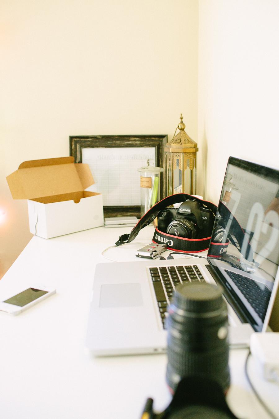 office, macbook, light,