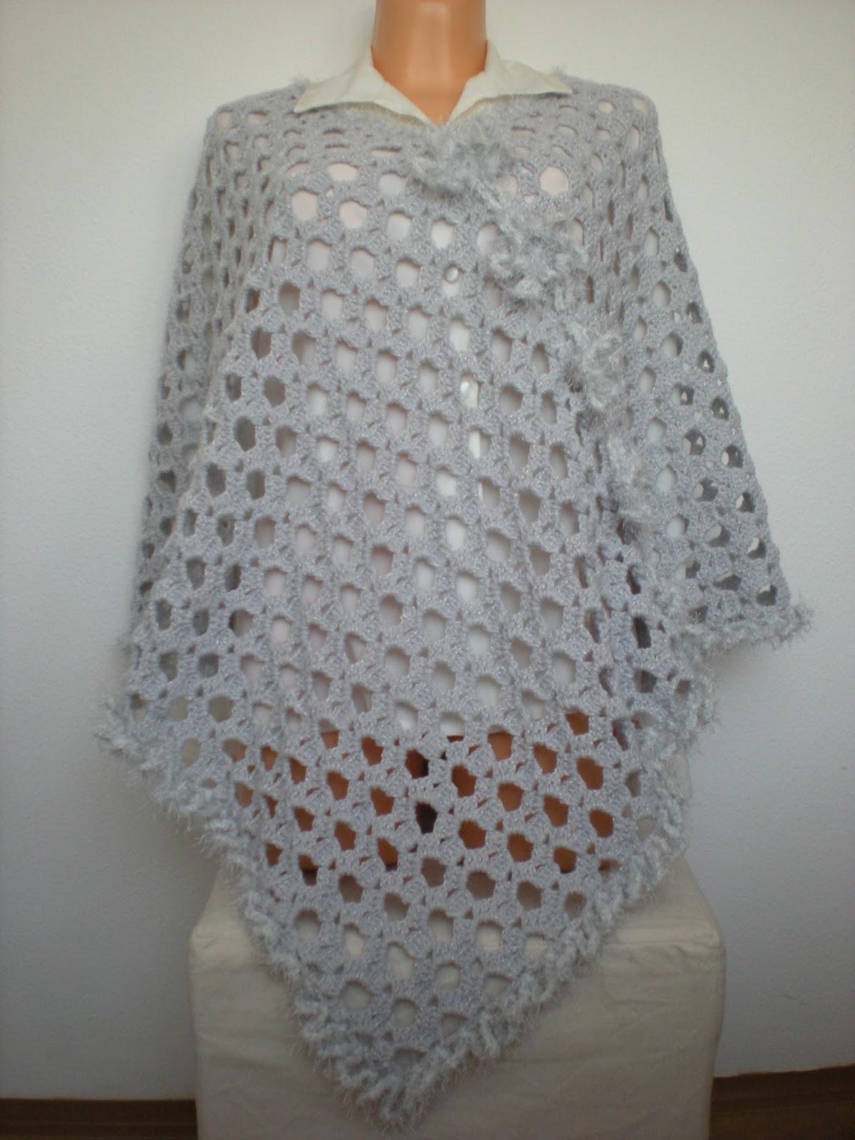 EmmHouse: Grey luxurious Poncho - pattern