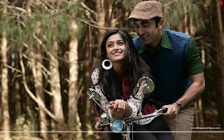 Barfi! HD Wallpaper, Hot Ileana D'Cruz and Charming Ranbir Kapoor