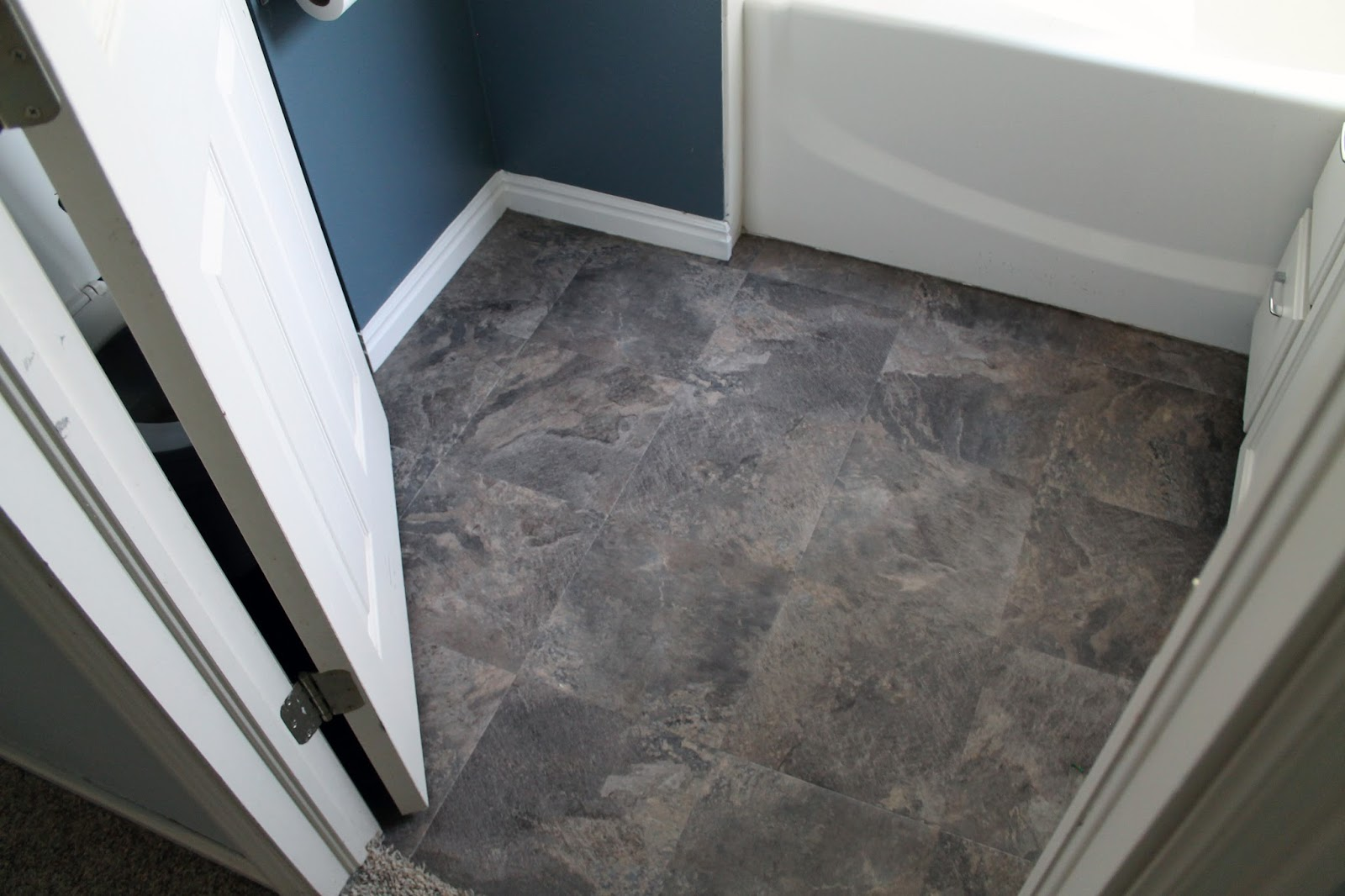 Bathroom floor vinyl tiles - Peel And Stick Bathroom Floors