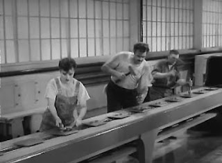Charles Chaplin - Tempos Modernos
