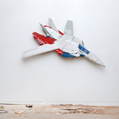 Ron van der Ende KO Valkyrie 2010 bas-relief in salvaged wood 212 x 130 x 15cm (private collection Rotterdam, N.L.)
