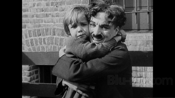 O Τσάρλι Τσάπλιν ο πρώτος άστεγος στις περισσότερες ταινίες του